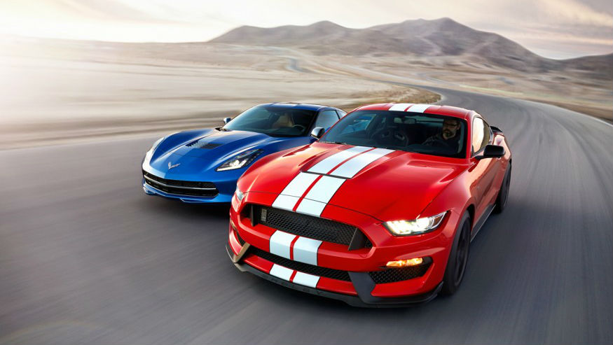 Comparing 2016 Corvette Stingray and Ford Mustang
