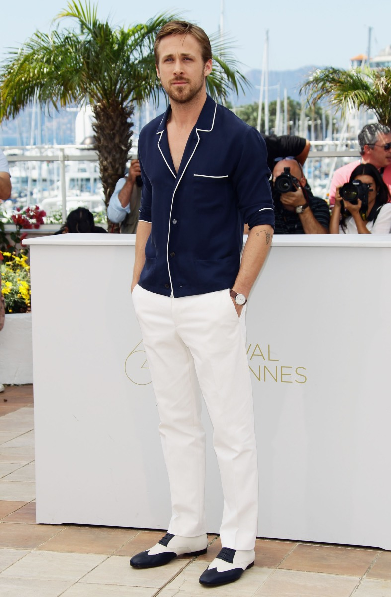 """CANNES, FRANCE - MAY 20:  Actor Ryan Gosling attends the """"Drive"""" photocall during the 64th Annual Cannes Film Festival at Palais des Festivals on May 20, 2011 in Cannes, France.  (Photo by Vittorio Zunino Celotto/Getty Images)"""