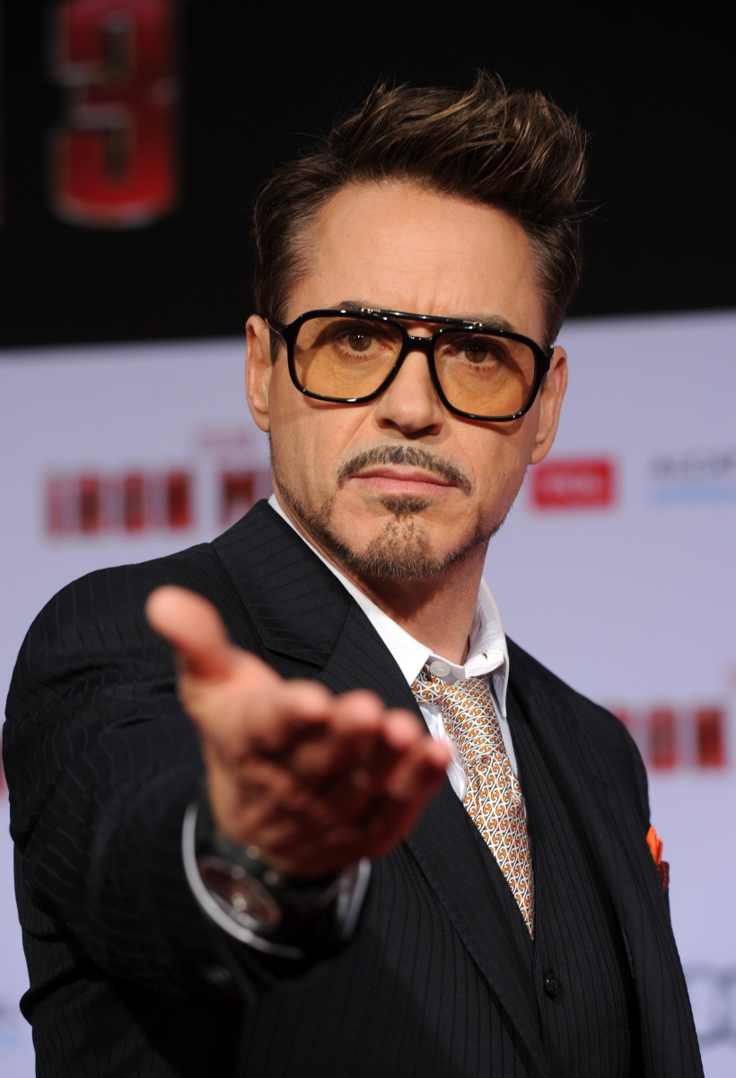 "HOLLYWOOD, CA - APRIL 24:  Actor Robert Downey Jr. arrives at the premiere of Walt Disney Pictures' ""Iron Man 3"" at the El Capitan Theatre on April 24, 2013 in Hollywood, California.  (Photo by Kevin Winter/Getty Images)  https://www.youtube.com/watch?v=t0gkzLHONXk&feature=youtu.be"