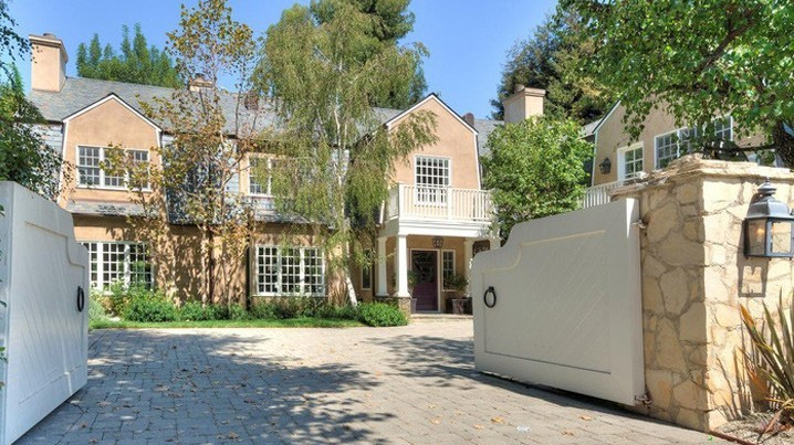 Adele Purchases Beverly Hills Estate for $9.5 Million