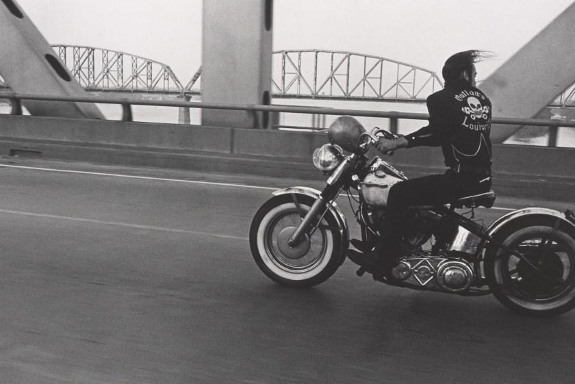 """Crossing the Ohio River, Louisville,"" 1966. Vintage gelatin silver print. (Danny Lyon, courtesy Edwynn Houk Gallery, New York)"