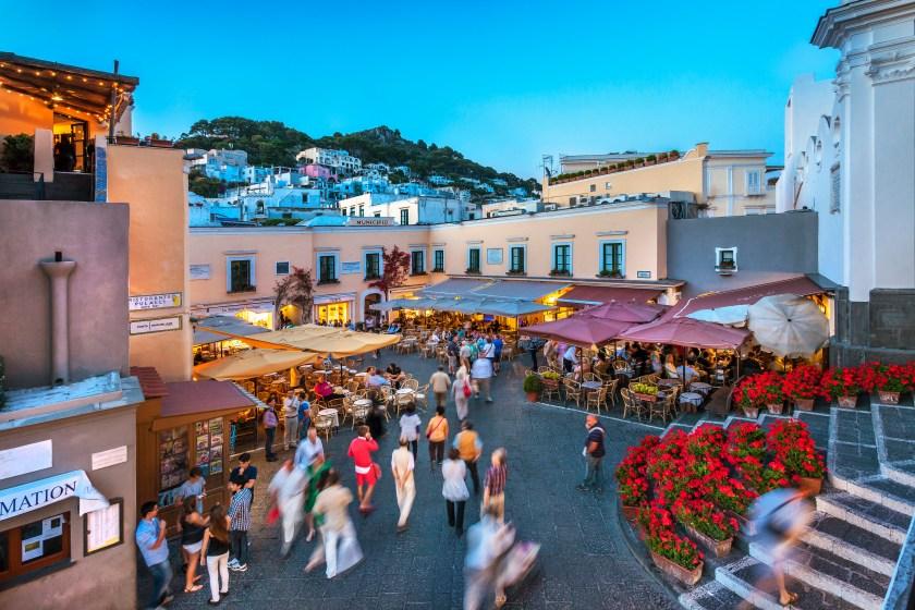 Piazza Umberto in Capri, Italy (Sabine Lubenow/LOOK)