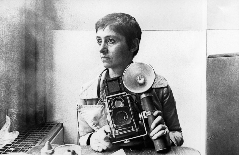 NEW YORK, NY - CIRCA 1968: Photographer Diane Arbus poses for a rare portrait in the Automat at Sixth Avenue between 41st & 42nd Street in New York, New York circa 1968. (Photo by Roz Kelly/Michael Ochs Archives/Getty Images)