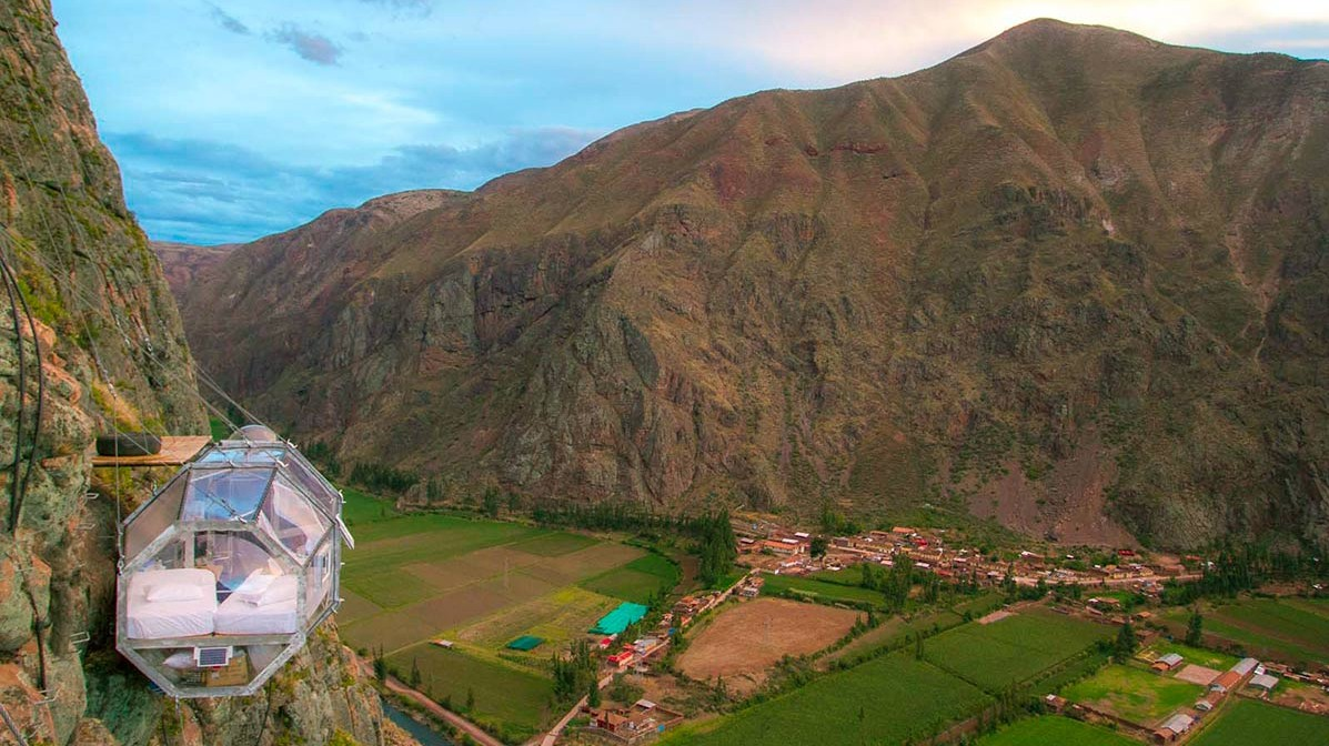 Cliffside Hotel in Peru Lets Vacationers Live on the Edge