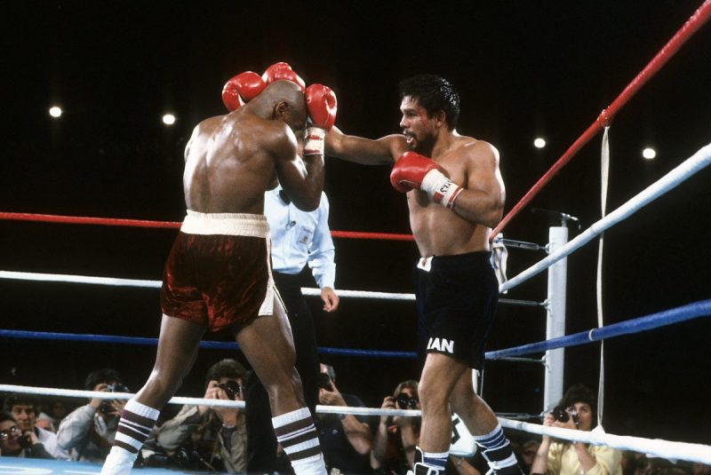 LAS VEGAS - NOVEMBER 10,1983: Roberto Duran (R) lands a punch against Marvin Hagler during the fight at Caesars Palace IN Las Vegas, Nevada. Marvin Hagler won the WBC middleweight title,WBA World middleweight title and IBF middleweight title by a UD 15. (Photo by: The Ring Magazine/Getty Images)