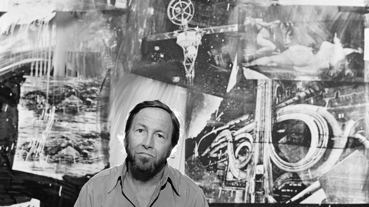 Artist Robert Rauschenberg with his art at the Museum of Modern Art in New York, March 19, 1977. (Photo by Jack Mitchell/Getty Images)