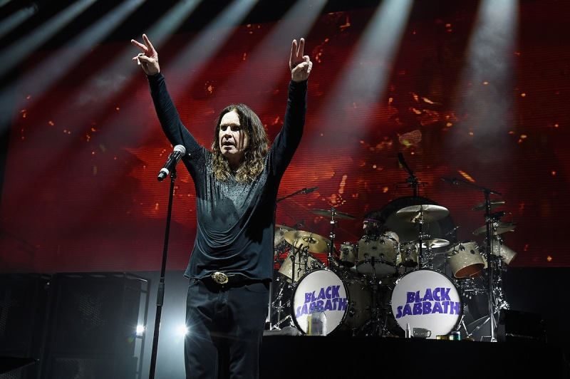 """WANTAGH, NY - AUGUST 17: Ozzy Osbourne of Black Sabbath performs onstage on """"The End Tour"""" at Nikon at Jones Beach Theater on August 17, 2016 in Wantagh, New York. (Photo by Kevin Mazur/WireImage)"""
