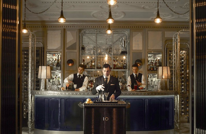 (The Connaught Bar)