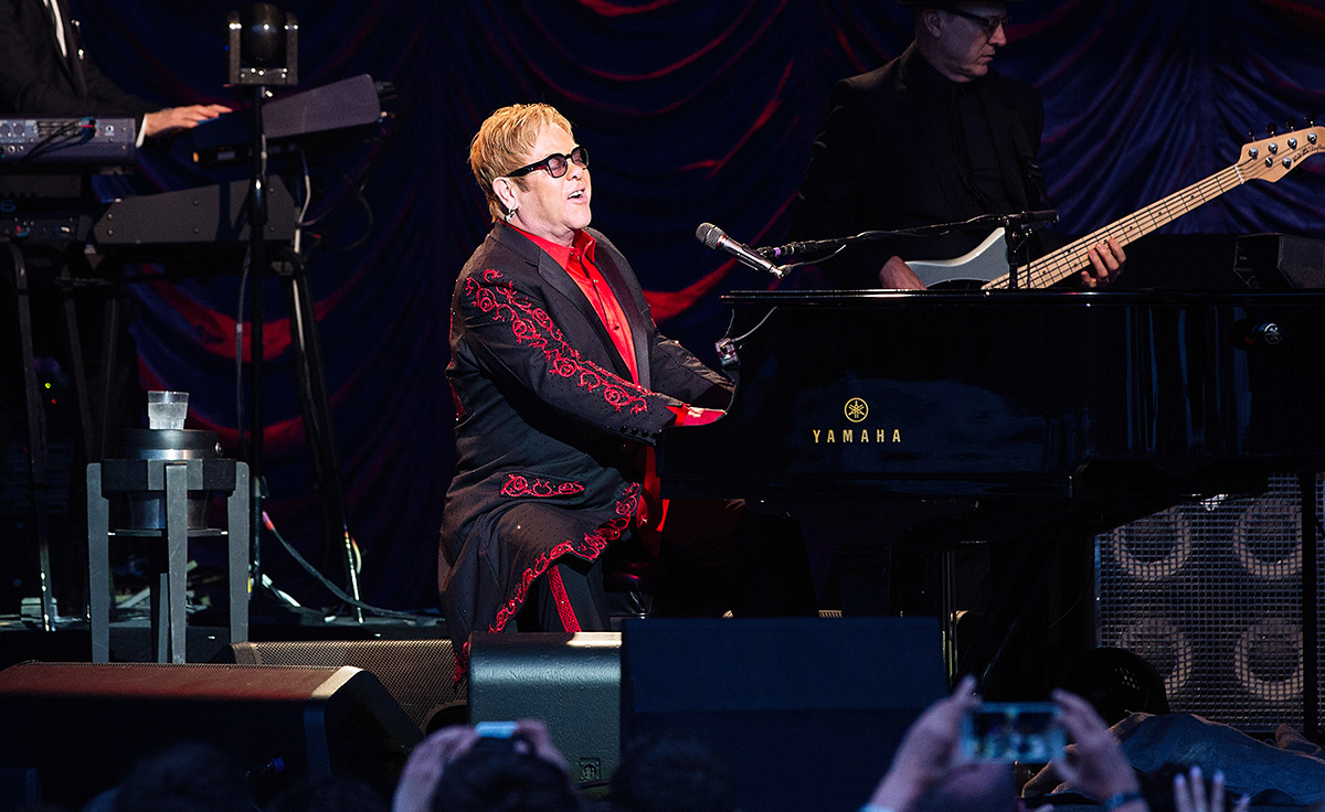 Elton John performs during The Henley Festival on July 6, 2016 in Henley-on-Thames, England.  (Photo by Emulsion London Limited/Getty Images)