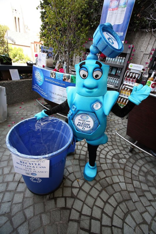 WESTWOOD, CA - AUGUST 24: The recycling mascot poses at the The Ultimate 'Green' Room Eco Lounge Emmy Gift Suite at the W Hotel on August 24, 2006 in Westwood, California. (Photo by David Livingston/Getty Images)