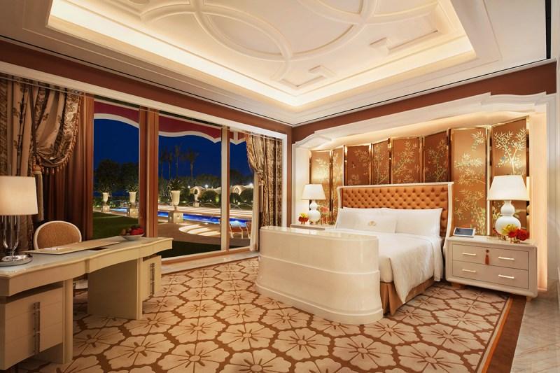 Garden Villa bedroom (Wynn Resorts)