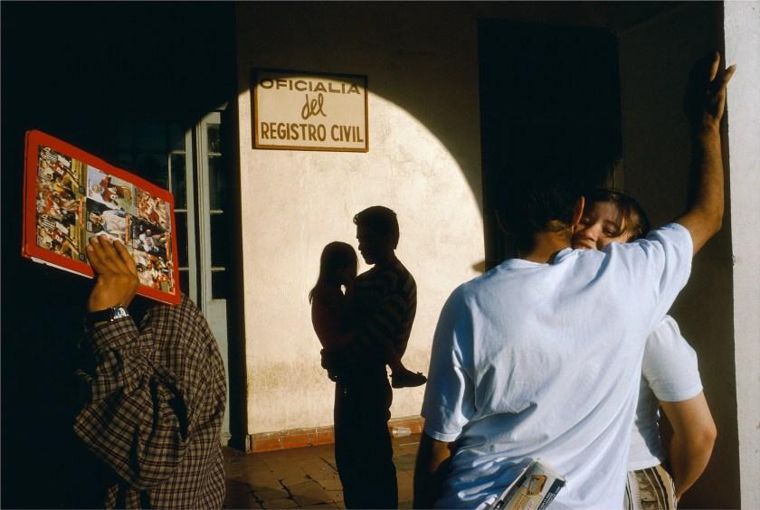 Nuevo Laredo, Tamaulipas, 1996 (Alex Webb/Magnum Photos)