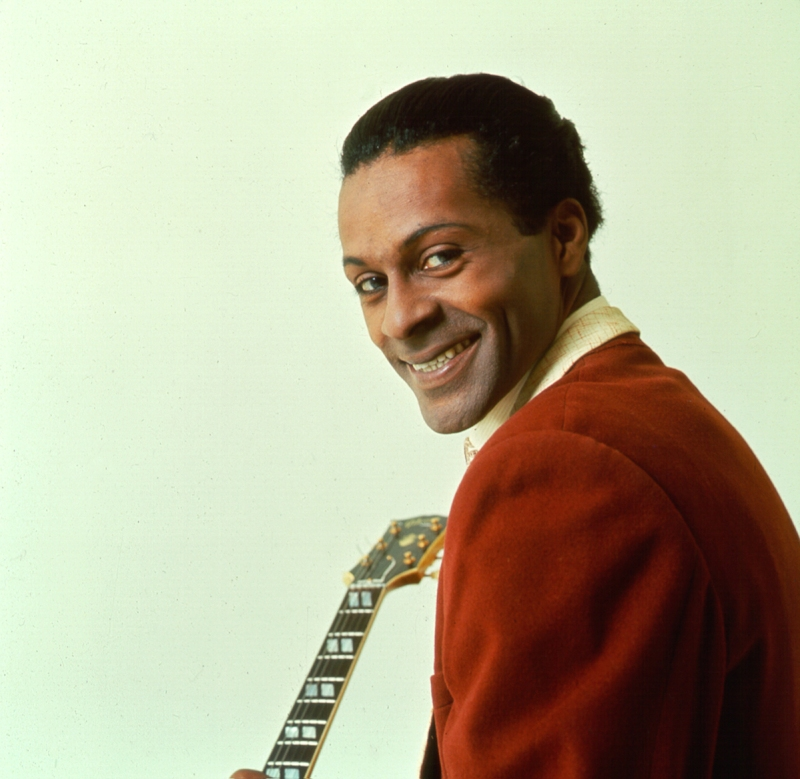 CHICAGO - CIRCA 1958: Rock and roll musician Chuck Berry poses for a portrait session in circa 1958 in Chicago, Illinois. (Photo by Michael Ochs Archives/Getty Images)