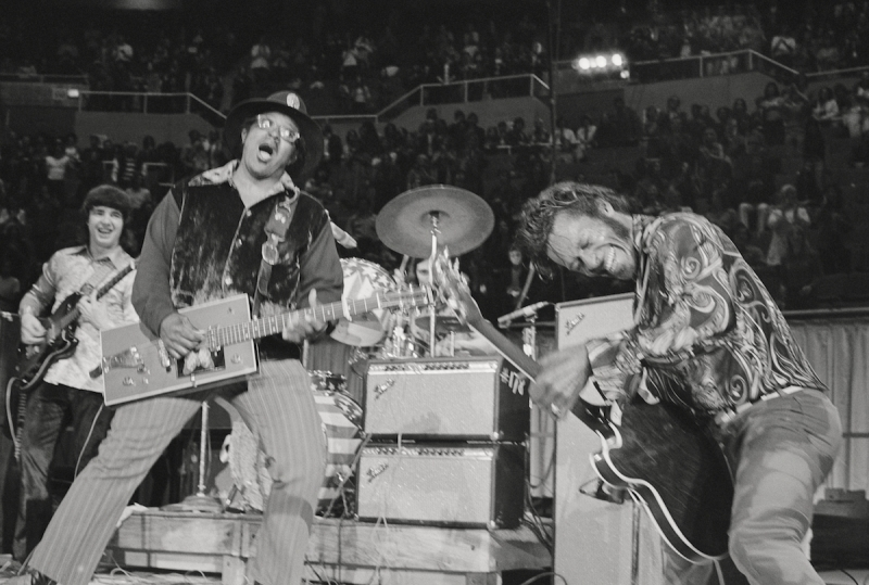 NEW YORK - MAY 6: Guitarists Bo Diddley (with his trademark square Gretsch electric guitar on the left) and Chuck Berry (on the right) perform at Madison Square Garden in the concert movie 'Let the Good Times Roll' on May 6, 1972 in New York City, New York. (Photo by Michael Ochs Archives/Getty Images)