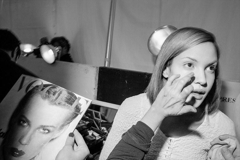 Claudia Mason backstage at the Anna Sui fashion show, NYC, 1994 (Miles Ladin)