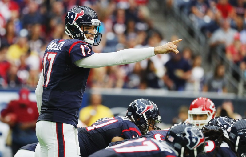 Brock Osweiler #17 of the Houston Texans calls a play in the second quarter of their game against the Kansas City Chiefs at NRG Stadium on September 18, 2016 in Houston, Texas. (Scott Halleran/Getty Images)
