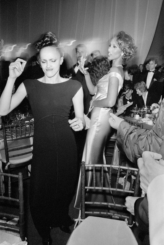 Carrie Modine and Iman at the Seventh on Sale benefit, NYC, 1995 (Miles Ladin)
