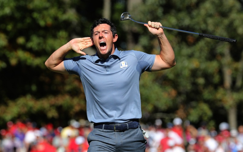 CHASKA, MN - OCTOBER 02: Rory McIlroy of Europe reacts on the eighth green during singles matches of the 2016 Ryder Cup at Hazeltine National Golf Club on October 2, 2016 in Chaska, Minnesota. (Photo by David Cannon/Getty Images)