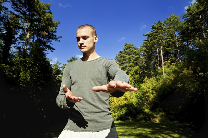 Tai chi can have many health benefits, including relieving long-term neck pain according to a new study. (Spanic/iStock)