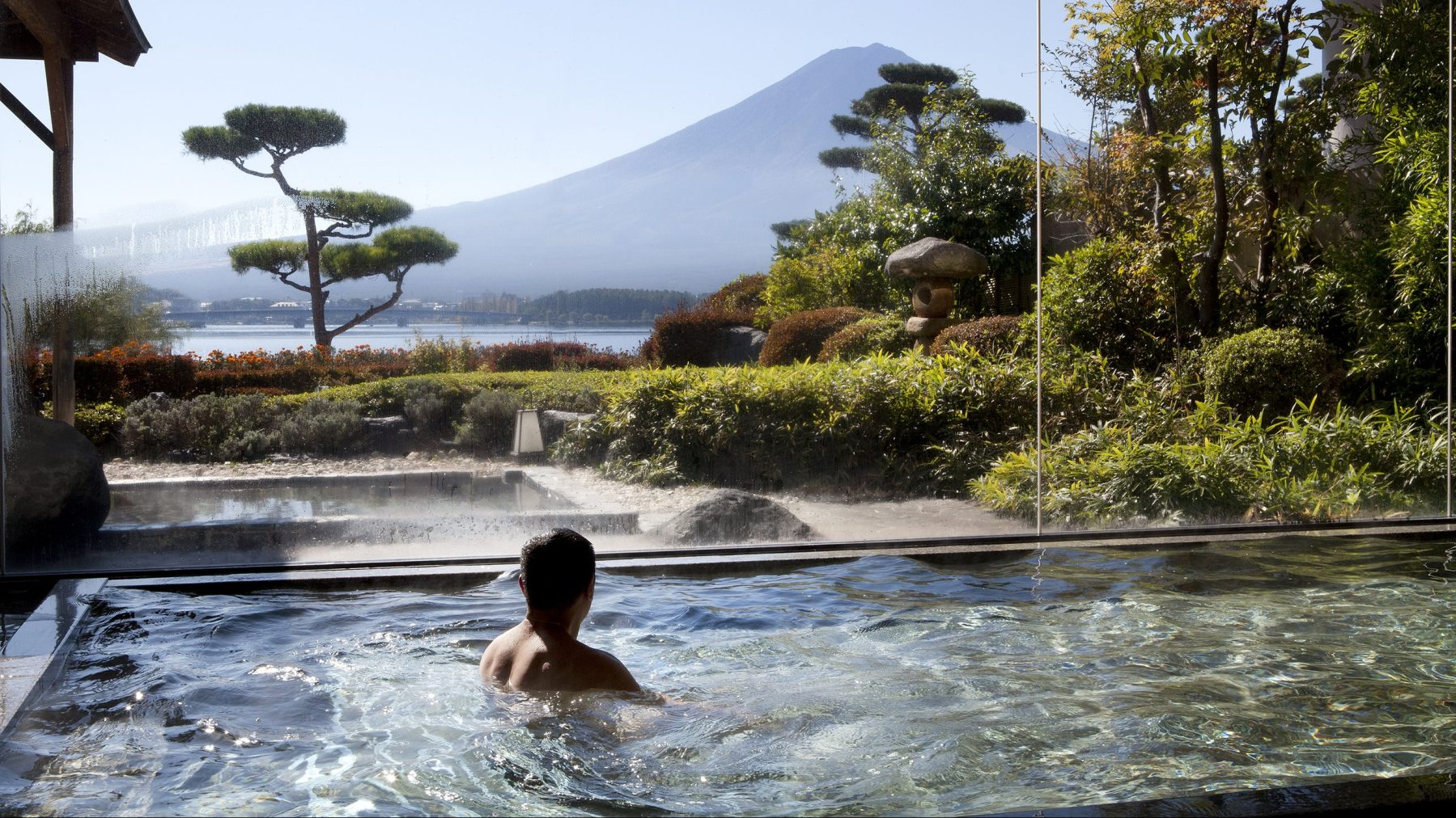 Relax in a Japanese Garden with Kawaguchi Lake  and Mount Fuji in background (Getty Images)