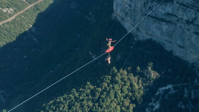 The Flying Frenchies are surfing 75Km on Slackline in the Vercors Massif in France. (Courtesy Red Bull)