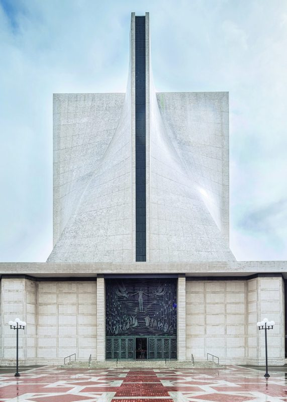San Francisco, CA: St. Mary's Cathedral, Pietro Belluschi and Pier Luigi Nervi, 1971. (Darren Bradley/Phaidon)
