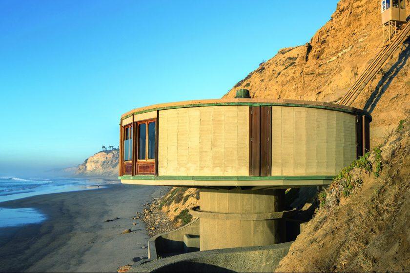 San Diego, CA: Bell Beach House, Dale Naegle, 1968. (Darren Bradley/Phaidon)