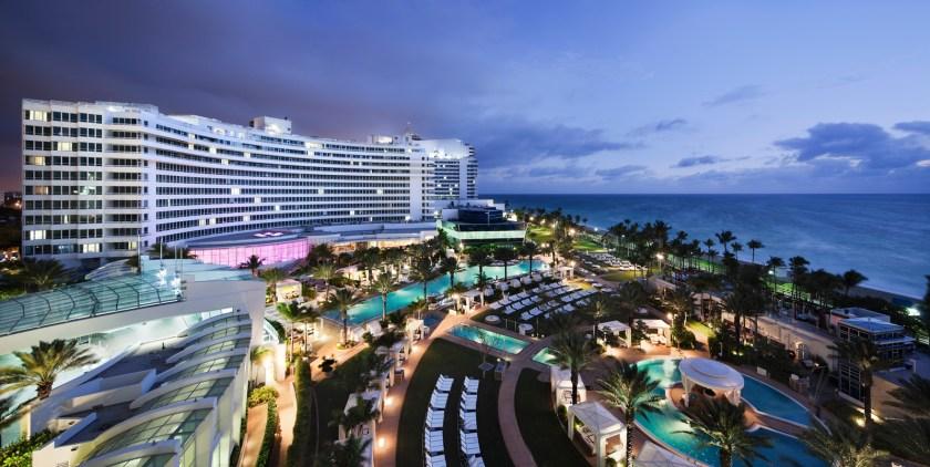 (Fontainebleau Miami Beach)