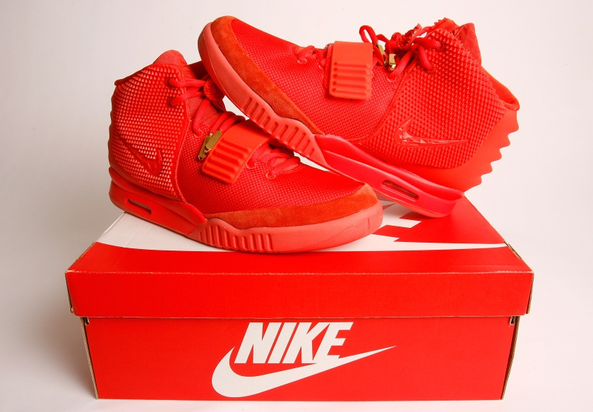 3c435a93181bf A detailed view of the Nike Air Yeezy 2