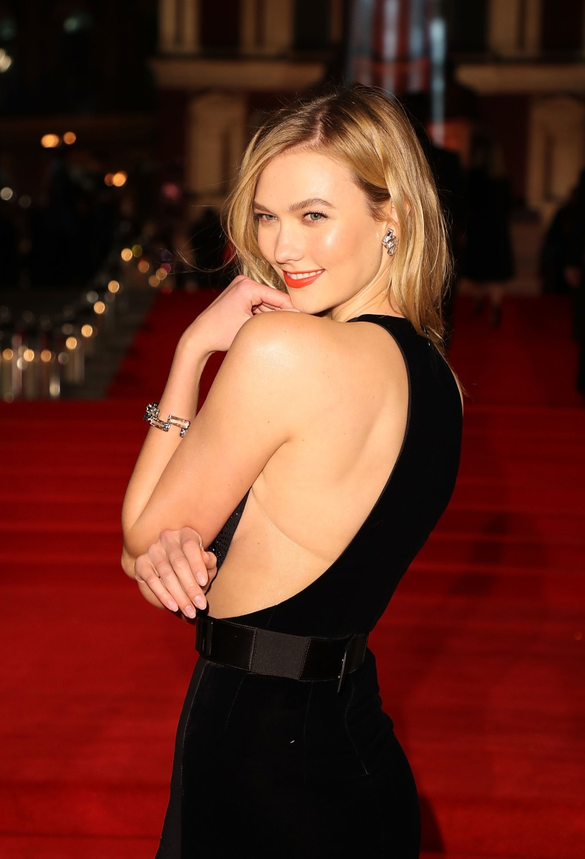 Karlie Kloss attends The Fashion Awards 2016 on December 5, 2016 in London, United Kingdom. (Photo by Mike Marsland/Mike Marsland/WireImage)