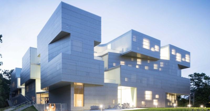 (Steven Holl Architects + BNIM)