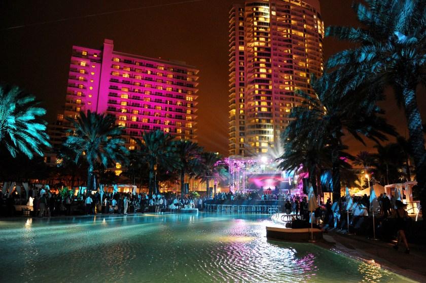(Seth Browarnik/startraksphoto.com/Courtesy Fontainebleau Miami Beach)