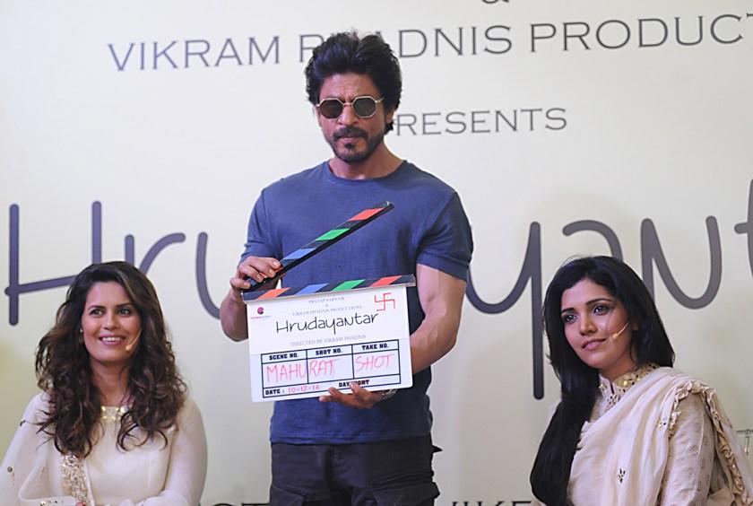 Shah Rukh Khan signs a deal with Netflix.