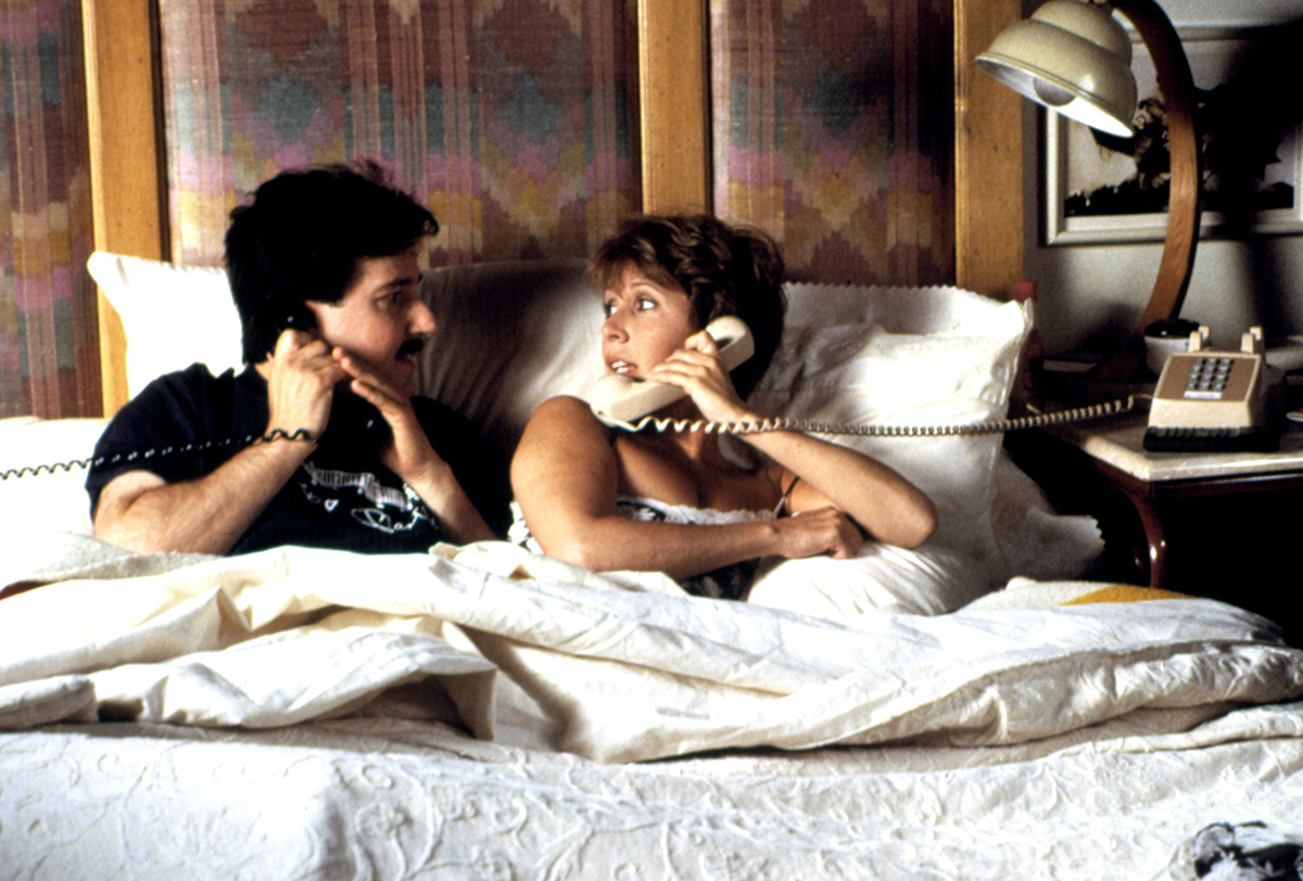 Bruno Kirby and Carrie Fisher in 'When Harry Met Sally' 1989. (Columbia Pictures/Everett Collection)
