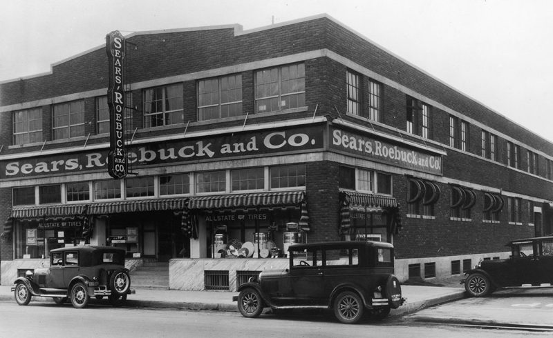 A Photograph of the Store Front for Sears, Roebuck and Co in El Paso, Texas circa 1940. (Fotosearch/Getty Images)