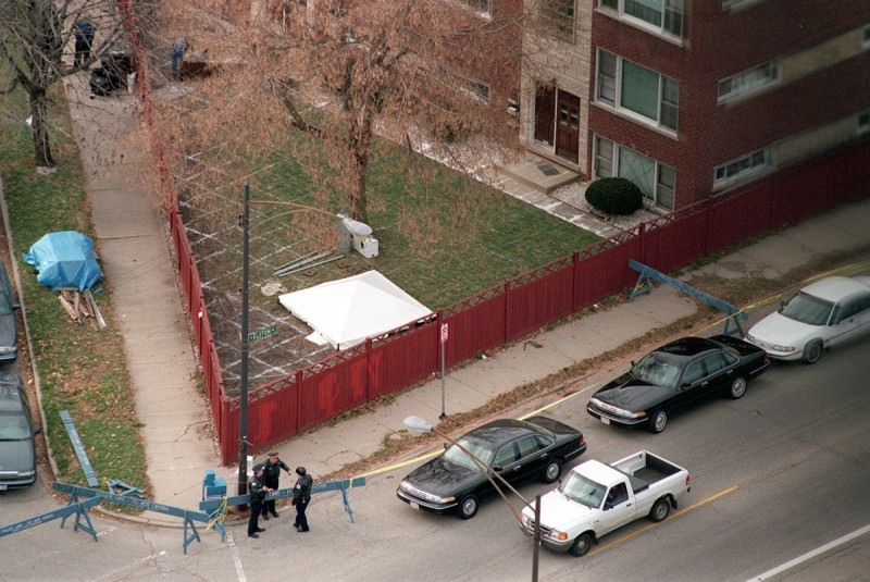 Police guard an area in this 1998 file photo in Chicago, Illinois, where a search was conducted for evidence of victims of serial killer John Wayne Gacy (John Smierciak/Chicago Tribune/MCT)