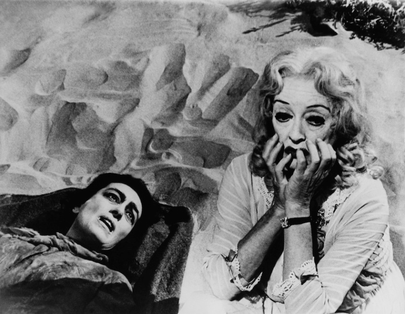 UNITED STATES - JANUARY 01: Joan Crawford And Bette Davis In The Movie Whatever Happened To Baby Jane. 1962 (Photo by Keystone-France/Gamma-Keystone via Getty Images)