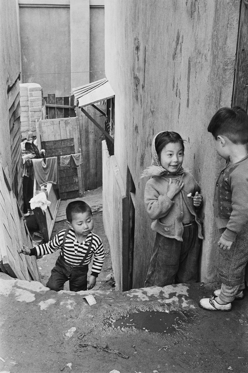 Malli-dong in Seoul, Korea during 1959. (Han Youngsoo Foundation)
