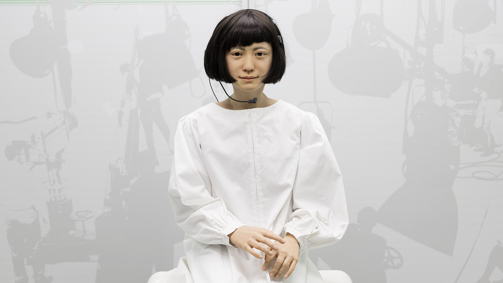 Kodomoroid, a Japanese android who reads the news 2 (Plastiques Photography, courtesy of the Science Museum)