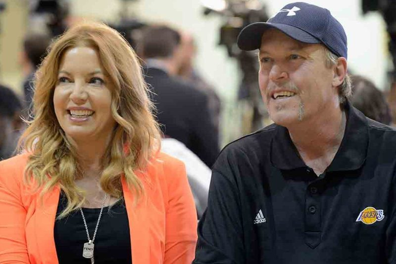 Jim Buss and his sister Jeanie Buss of the Los Angeles lakers attend a news conference where Dwight Howard was introduced as the newest member of the team ( Kevork Djansezian/Getty Images)
