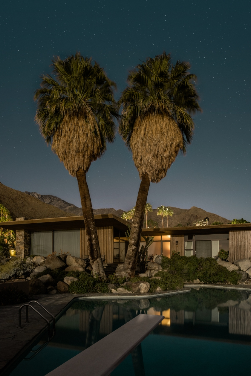 Edris House, designed by E. Stewart Williams in 1954 (Midnight Modern by Tom Blachford, published by powerHouse Books)