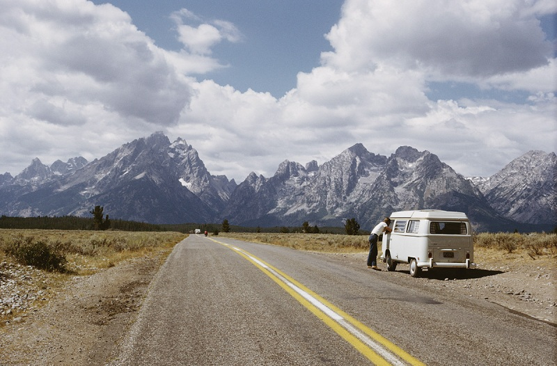 Traveling in a Volkswagen Bus on the way to the Teton Range in the Rocky Mountains, Wyoming, 1965 (Archive Photos/Getty Images)