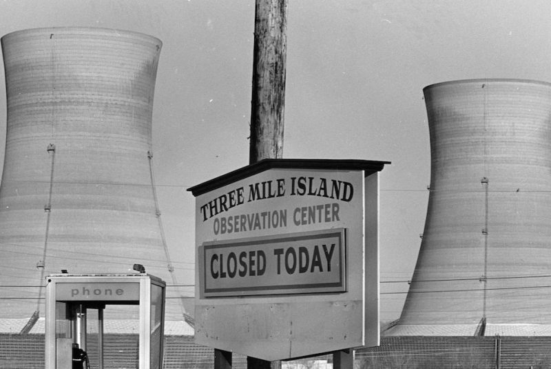 A sign announces the closing of the observation center for the Three Mile Island nuclear plant in Pennsylvania, following an accident on March 28, 1979. A pump failed in the reactor cooling system, shutting down the plant and threatening a nuclear meltdown. (Photo by Owen Franken/Corbis via Getty Images)