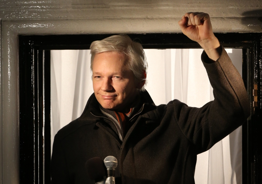 Wikileaks founder Julian Assange speaks from the Ecuadorian Embassy on December 20, 2012 in London, England. Mr Assange has been living in the embassy since June 2012 in an attempt to avoid extradition to Sweden where he faces allegations of sexual assault. (Peter Macdiarmid/Getty Images)