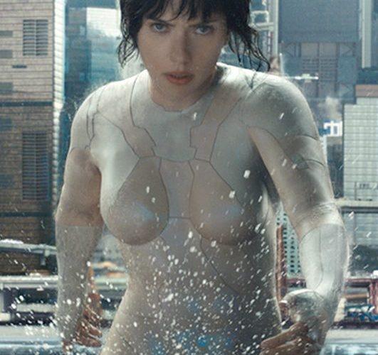 How Scarlett Johansson S Bodysuit From Ghost In The Shell Was Made Insidehook