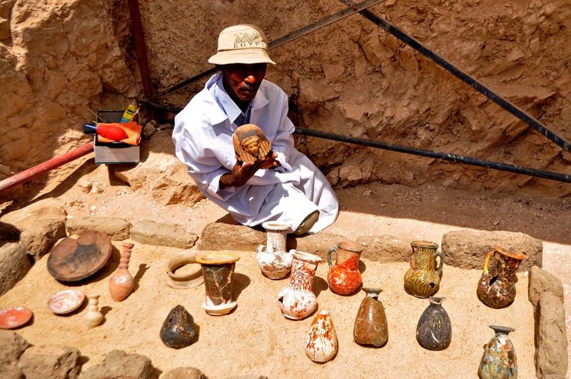 Thousands of Statues Discovered in Ancient Egyptian Tomb