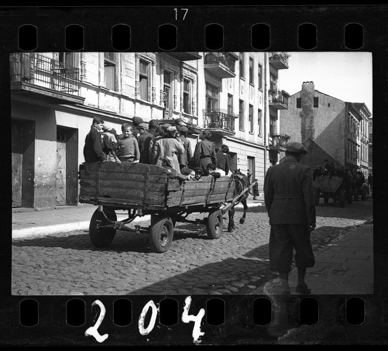 Lodz ghetto: Children being transported to Chelmno nad Nerem; (renamed Kulmhof) death camp (Henryk Ross/Art Gallery of Ontario)
