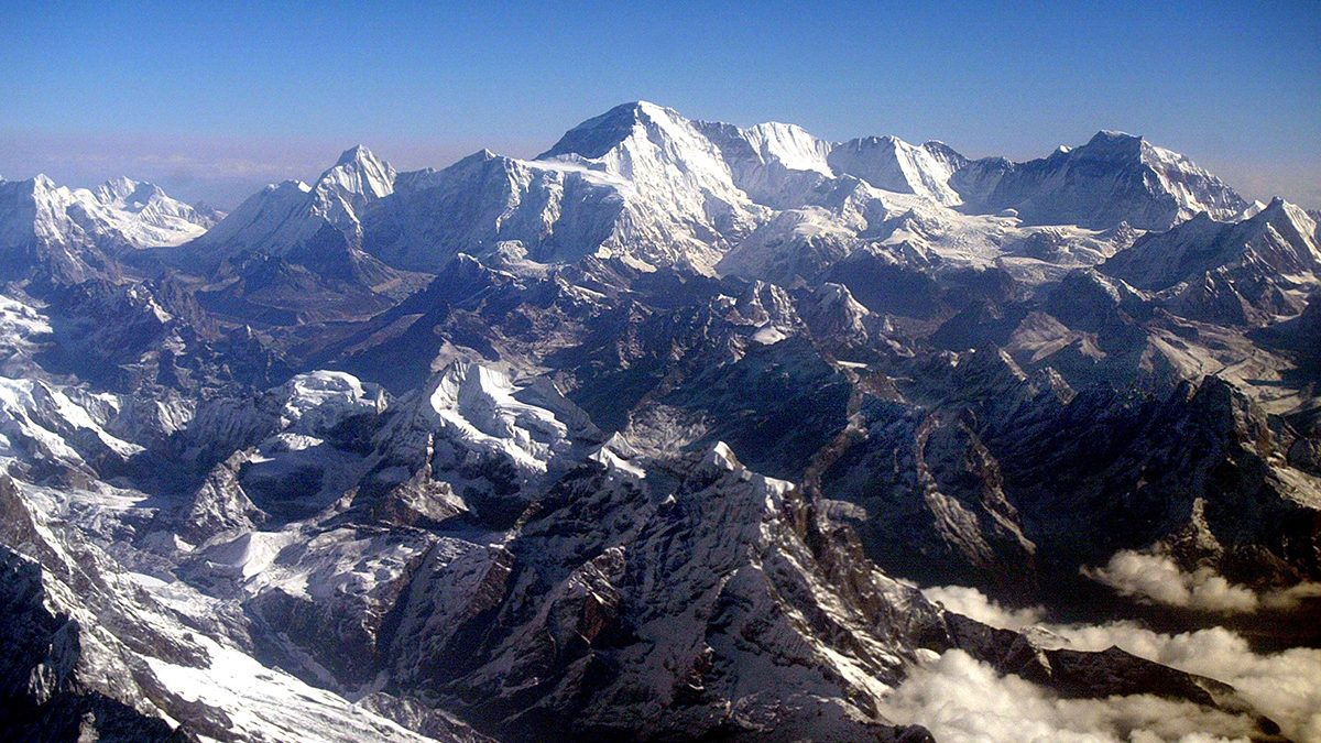 You Can Now Eat Breakfast on Mount Everest