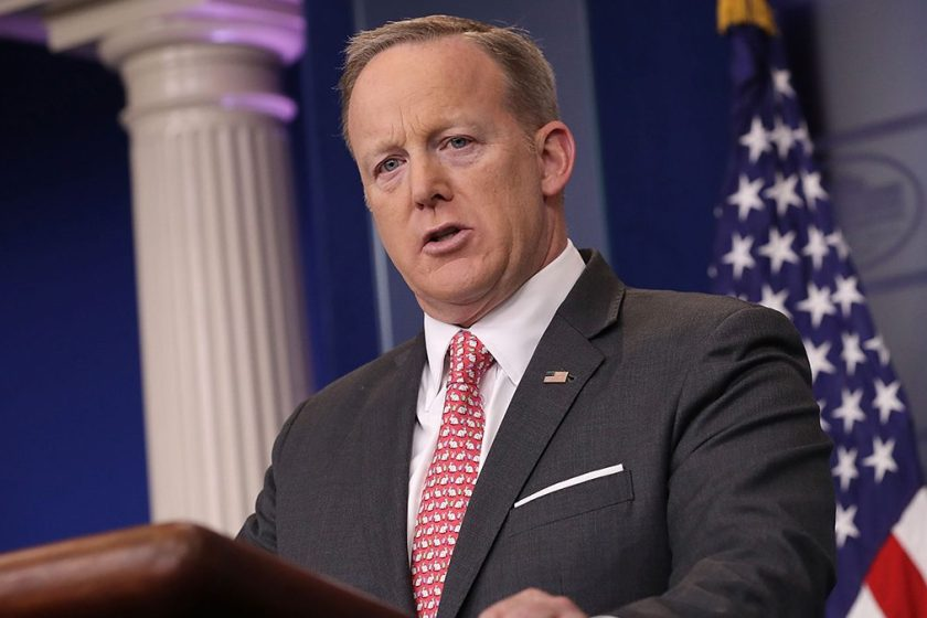 What the Real Sean Spicer Thinks of the Fake Sean Spicer