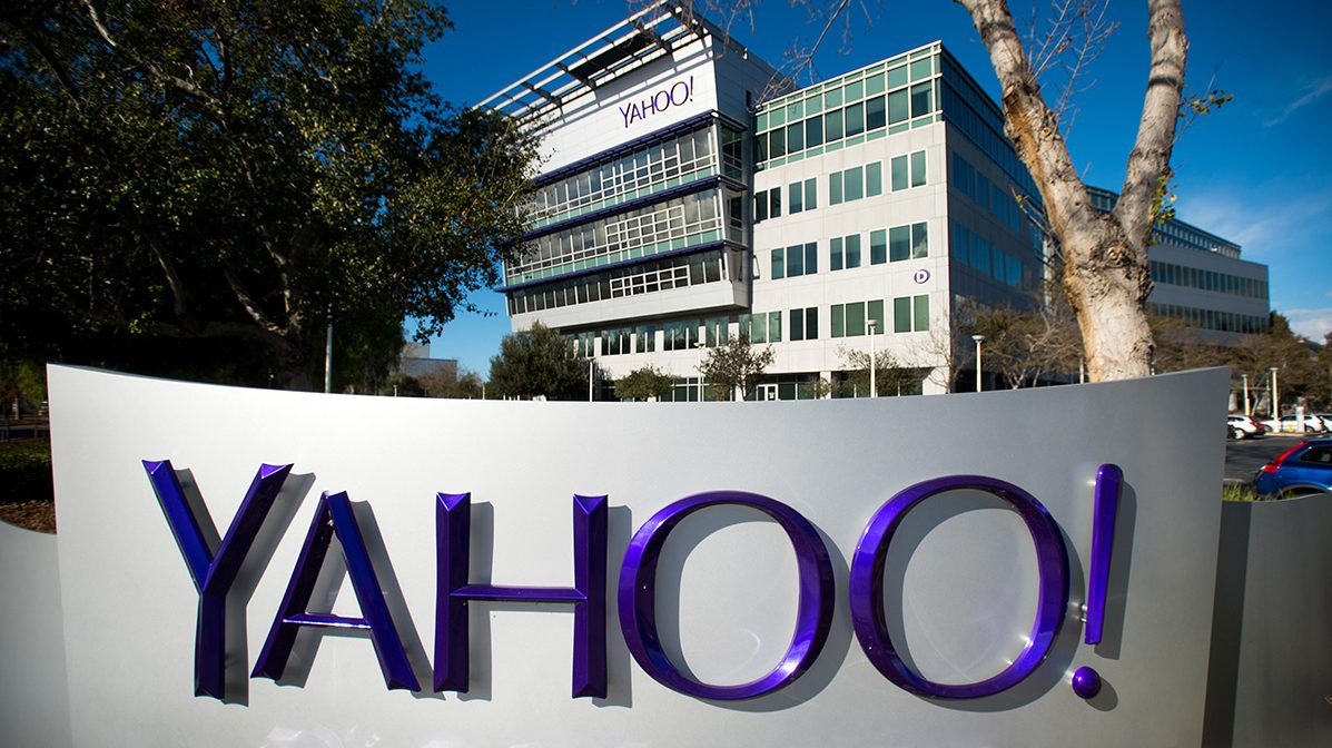 Yahoo Bowing Out as a Public Company